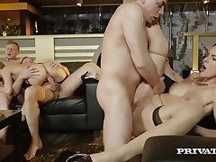 Alexis Goblet Loses Her Tochis Sex Virginity In An Group Fucking - ANALDIN
